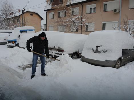 Očekuju nas ledeni dani sa velikom količinom snega