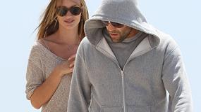 Modelka Victoria's Secret i aktor przyłapani na plaży