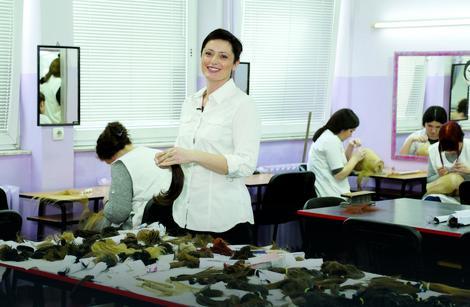 Profesorka Vladanka Žilović kaže da je dosad u školu stiglo 12 kilograma i 677 grama kose