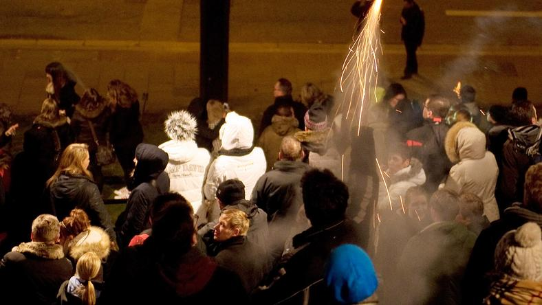 A huligánok Hamburgban, a szilveszteri utcabálon csaptak le / Fotó: Profimedia - Reddot