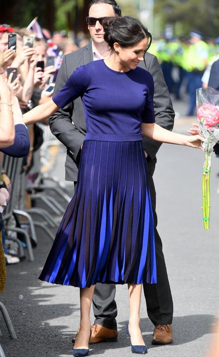Meghan hercegné rakott szoknyája okozta a bajt. Fotó: Puzzlepix, Northfoto
