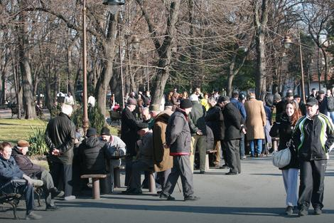 Srbija ima 1,75 miliona zaposlenih i 1,63 miliona penzionera