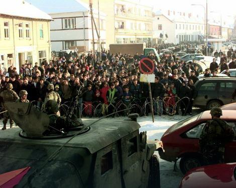 Vojska SAd ulazi na Kosovo 1999.