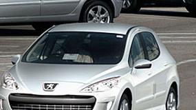 Zdjęcia szpiegowskie: Peugeot 308 – bez niespodzianek