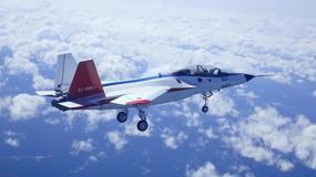 Dziewiczy lot prototypowego myśliwca z Japonii