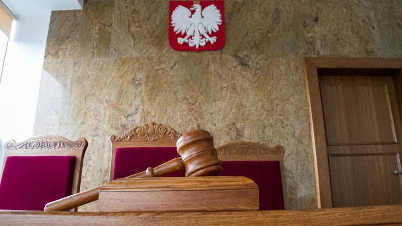 Sąd oddalił pozew o alimenty przeciwko 70-letniej, emerytowanej lekarce