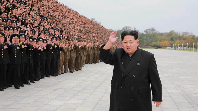 Kim Dzsong Un nem törődik a tilalommal, Észak-Korea rakétákat lőtt ki a Japán tengerbe /Fotó: Northfoto
