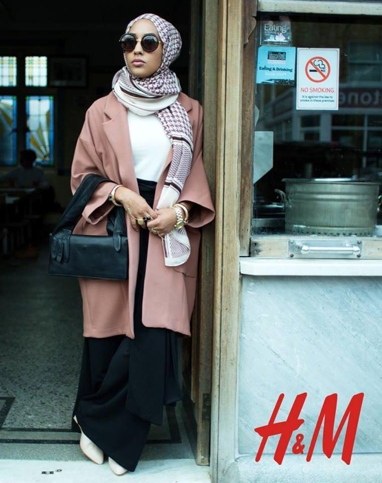 h&m maria hidrissi w hidżabie