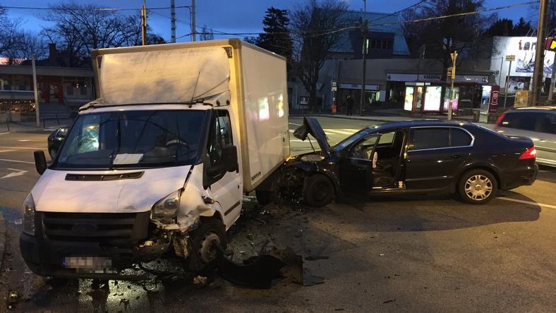 A kormányszóvivő ezt a képet küldte a balesetről