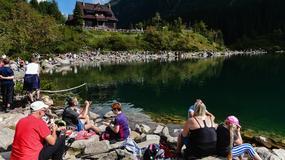Ostatki lata w Tatrach. Turyści nadal dopisują