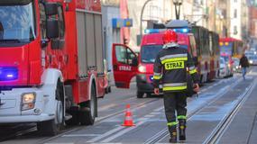 Groźny pożar kamienicy w centrum Łodzi. Są poszkodowani