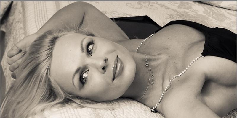 Justyna Gromada: ładna dziewczyna do zaprezentowania czegoś sexy