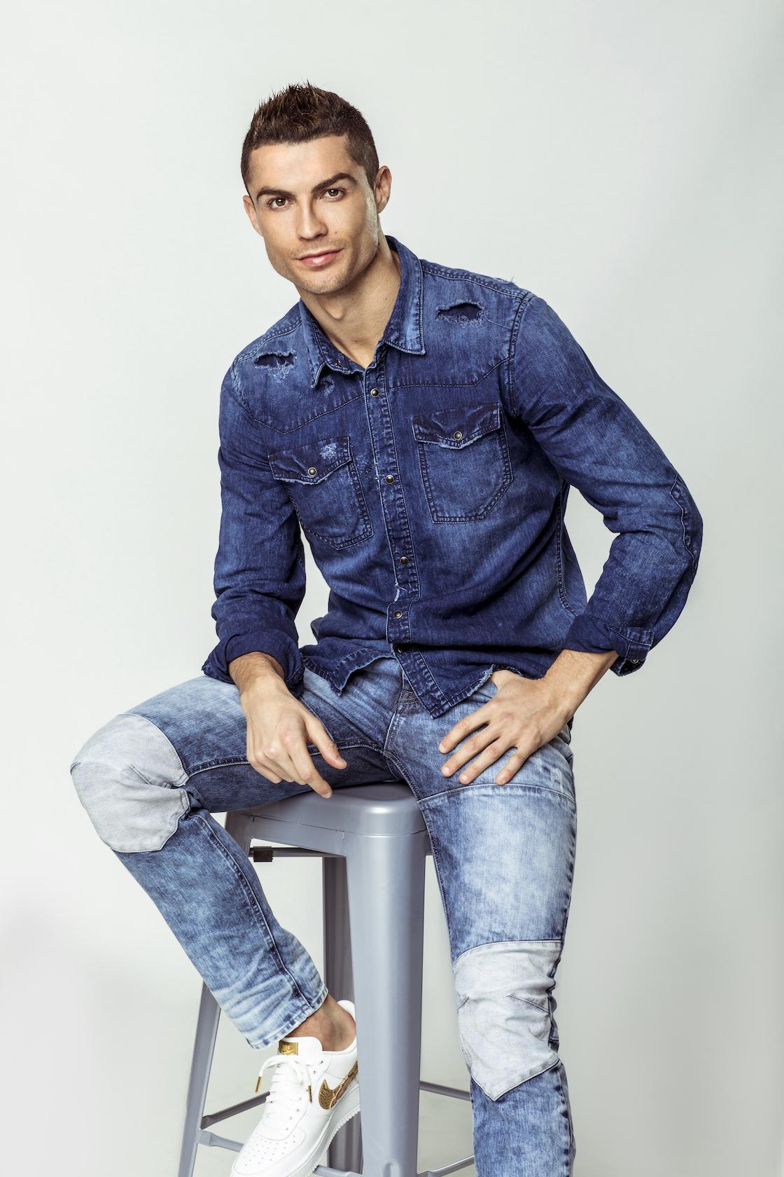 Cristiano Ronaldo teljesen levetkőzött – képek - Blikk.hu 65e0b90d44