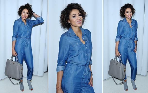 Best Look: Omenaa Mensah w dżinsowym kombinezonie Marks&Spencer