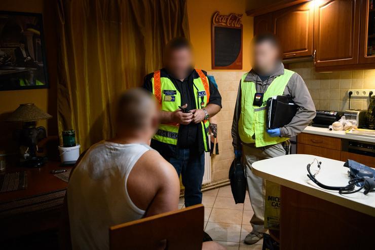 Rajtaütés / Fotó: Police.hu