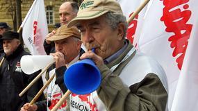 Protest przeciwko wydłużeniu wieku emerytalnego
