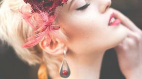 Kolorowa biżuteria ślubna a symbolika barw