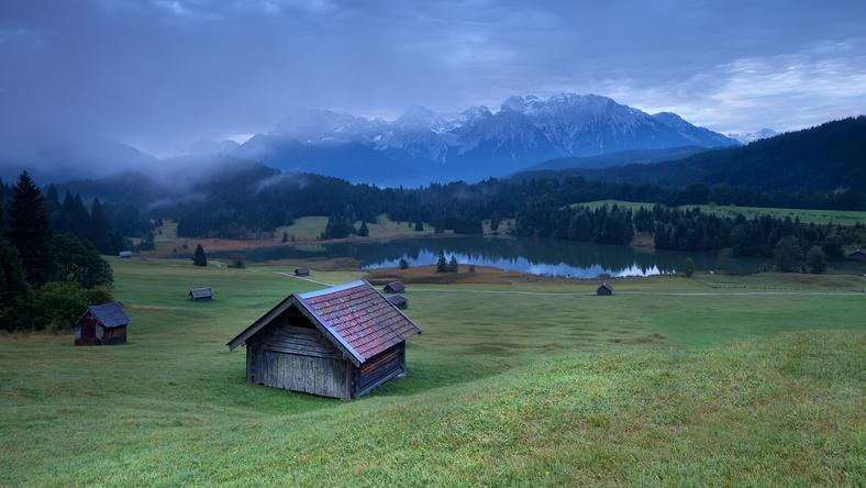 Az Alpokban bárki siklana egy bobpályán /Fotó: Northfoto
