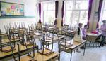 Kostić: Nema podataka da direktori škola traže novac za radna mesta