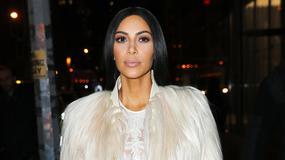 Kim Kardashian nie przestaje szokować. Jej ostatnia kreacja wywołała skandal. Wszystko przez...