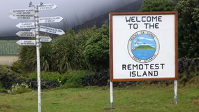 Praca marzeń: zostań nauczycielem lub farmerem na najbardziej odosobnionej wyspie świata