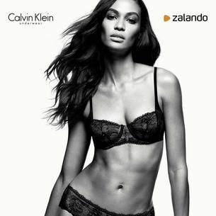 Joan Smalls w kamapnii Calvin Klein x Zalando