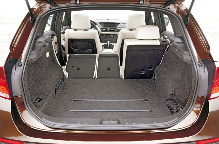 bmw x1 mniejsze i fajniejsze auto wiat. Black Bedroom Furniture Sets. Home Design Ideas