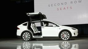 Tesla X – elektryczny, 7-osobowy SUV debiutuje w Tokio