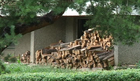 UŠTEDA ZA KUĆNI BUDŽET Već počele pripreme za zimske dane, drvo najtraženije