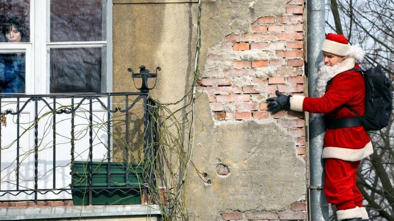 Tomasz Karolak jako nie taki święty Mikołaj