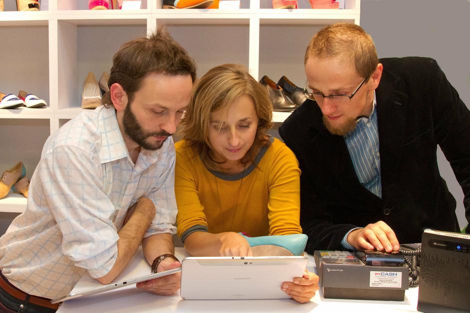 Założyciele Fun In Design: Paweł Kocoń, Ola Jarośkiewicz, Mikołaj Lenart / fot. Krzysztof Szulim