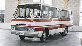 Mazda Parkway 26 - jedyny autobus z wanklem