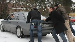 Uruchamianie auta zimą, czyli kto nie dba ten pcha!