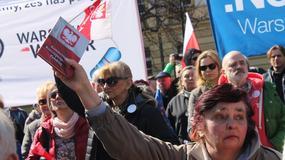 """""""Beata, drukuj ten wyrok!"""". Pikieta KOD przed KPRM w Warszawie"""