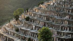 Zatłoczone cmentarze Hongkongu