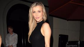 Joanna Krupa wychodzi z restauracji w Los Angeles i czule żegna paparazzi