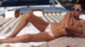 One uwielbiają opalać się topless
