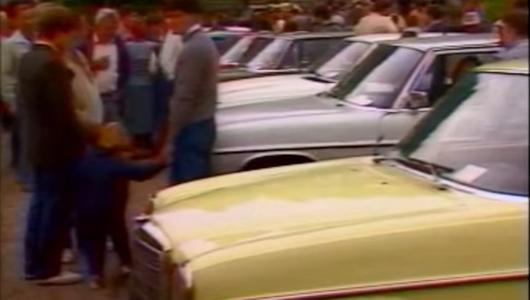 Jak wyglądała giełda samochodowa w 1986 i 1989 roku. Wspomnień czar