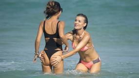 Joanna Krupa kusi w bikini. Na plaży towarzyszyła jej seksowna piękność. Kto?