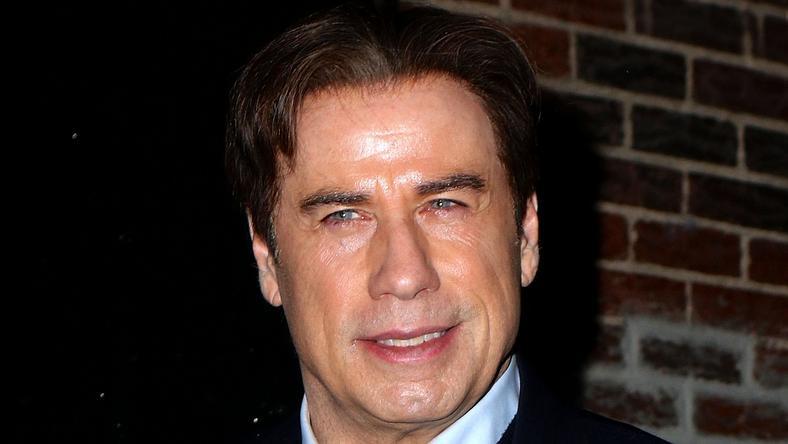 John Travolta továbbra is ragaszkodik a férfi masszőrökhöz