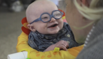 NAJŠIRI OSMEH NA SVETU Pogledajte reakciju bebe koja po prvi put VIDI SVOJU MAMU