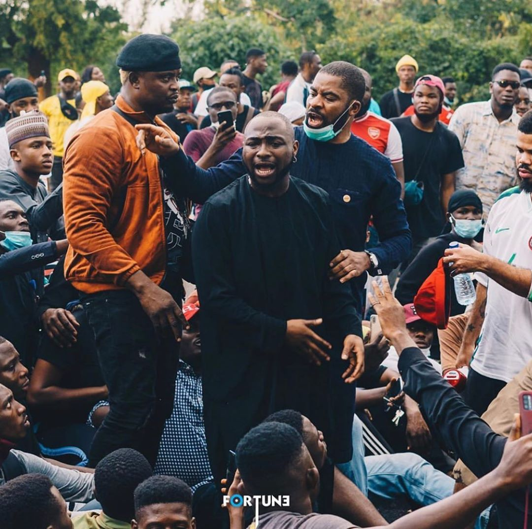Davido didn't just protest as he helped secure the release of some of the protesters who had been arrested by the police authority. [Instagram/TheDavidoDailyShow]