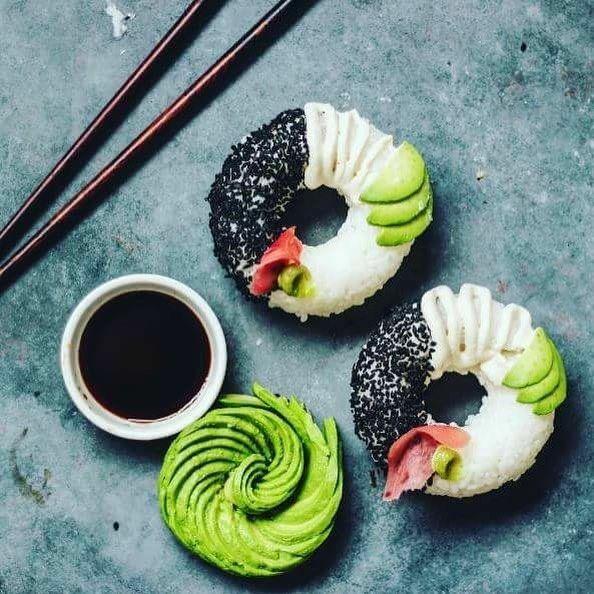 Sushi w formie donuts hitem w sieci