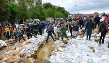POPLAVA Izlila se reka kod Kruševca, ugrožene oranice