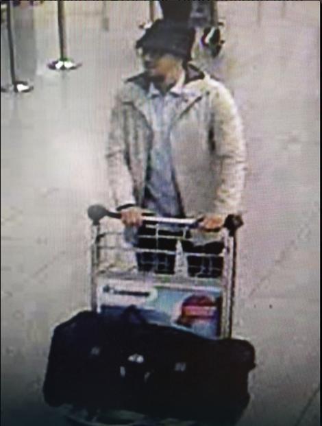 Jedan od napadača u Briselu za kojim policija traga
