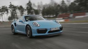 Porsche 911 Turbo S - bajeczne turbo w bajkowym kolorze
