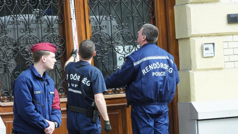 Lezárták az ügyészséget a lövöldözés után /Fotó: Dabis Tibor
