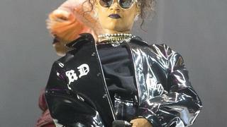 Rihanna na koncercie w Londynie w kurtce polskiej marki