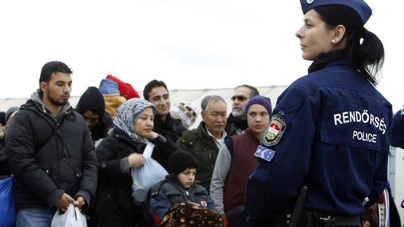 Magyar rendőrök a Görög-Macedon határán / Fotó: MTI