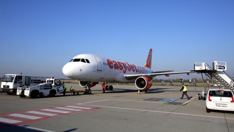Az EasyJet U21465-ös számú gépének kellett megszakítania a felszállást. /Fotó: Northfoto